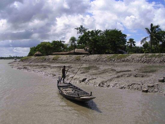 Development deficit compounds indian sundarbans crisis for Soil erosion in hindi