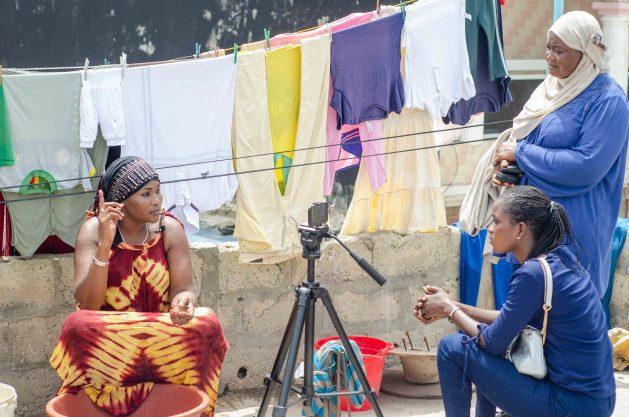 I migranti senegalesi rimpatriati diventano narratori